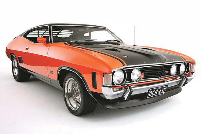 Ford -Falcon -XA-GT-studio -1-658