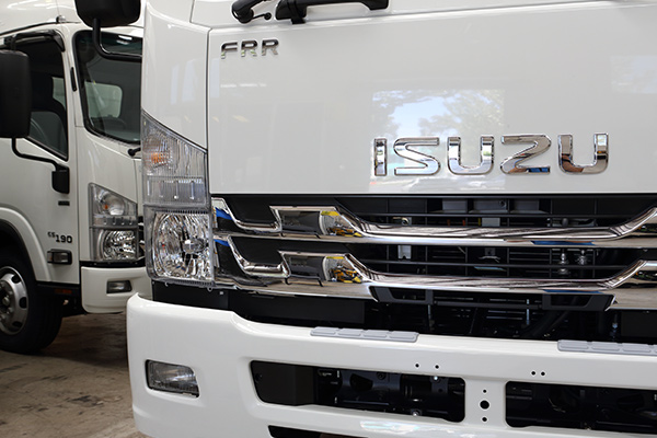 Isuzu -Australia ,-F-Series ,-Trade Trucks3