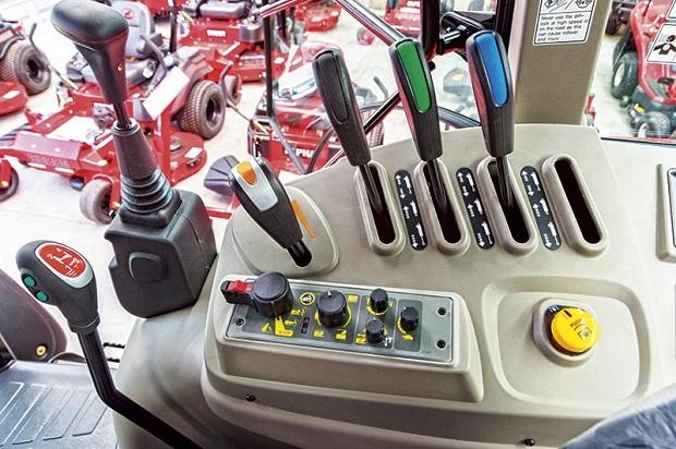 TYM T1003 Controls
