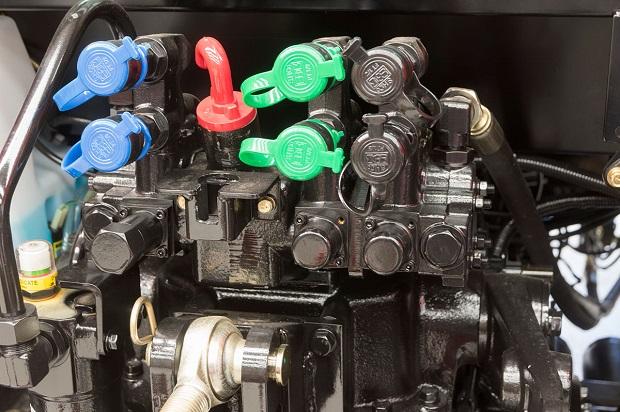 TYM T1003 Hydraulics