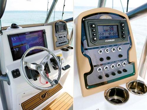 Centre console on Sea Fox 220 Viper boat