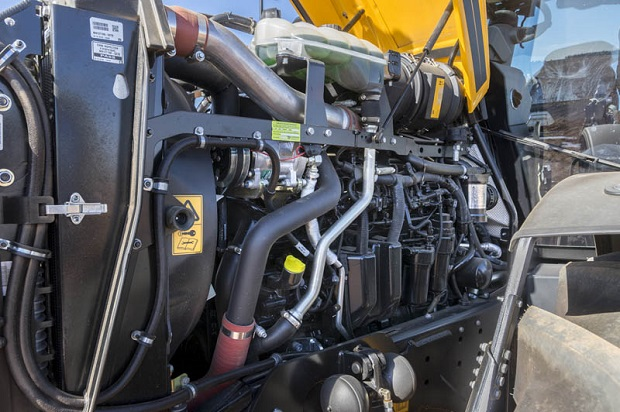JCB Fastrac 4220 Engine