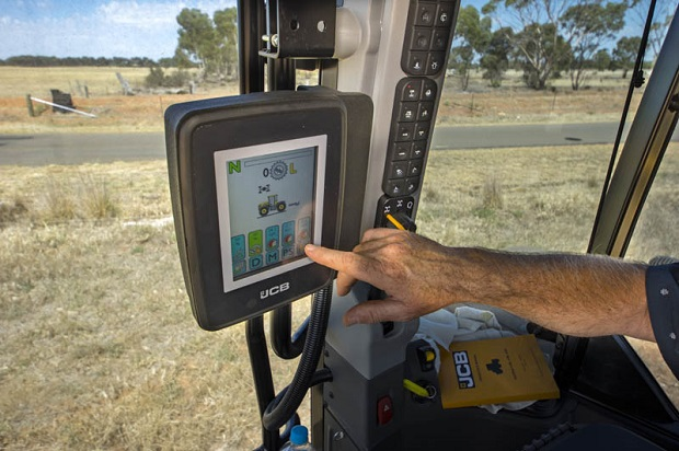 JCB Fastrac 4220 Touch Screen