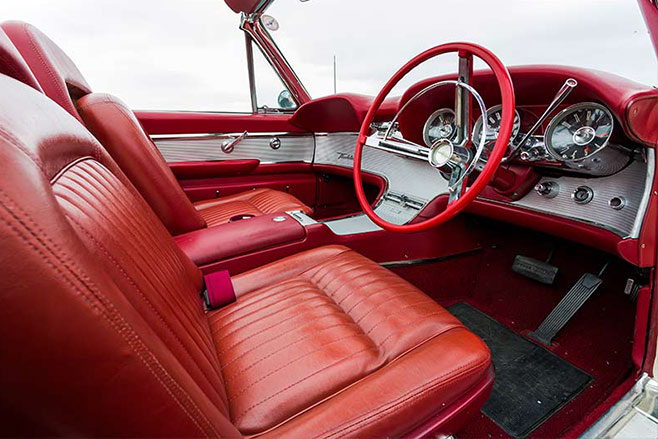 Ford -Thunderbird -interior -658-1