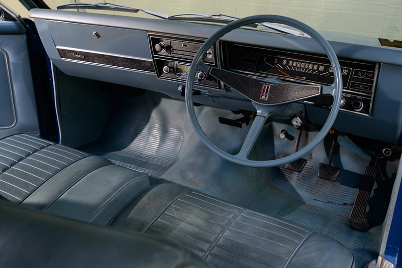 Holden -HK-Monaro -186-interior -dash