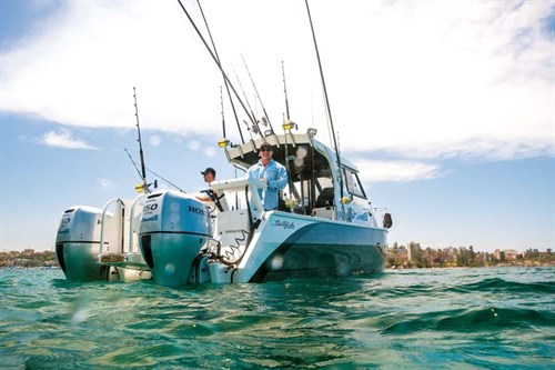 Sailfish 2800 Platinum with twin Honda 150hp outboards