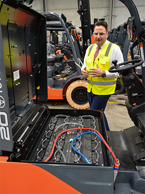 Forklift -Review -Toyota -8FBE20-Electric ,-TMHA,-ATN3