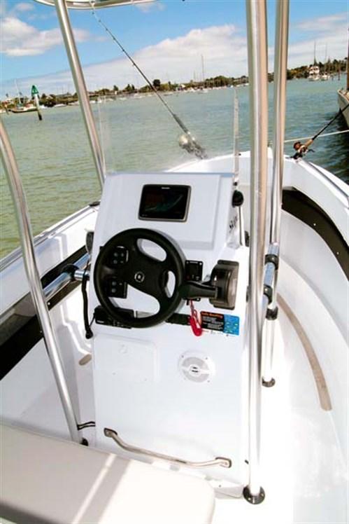 Helm on Seaforce 530 Skipa
