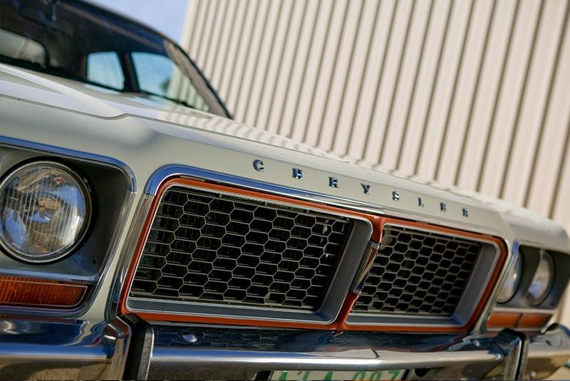 Chrysler -cm -valiant -24