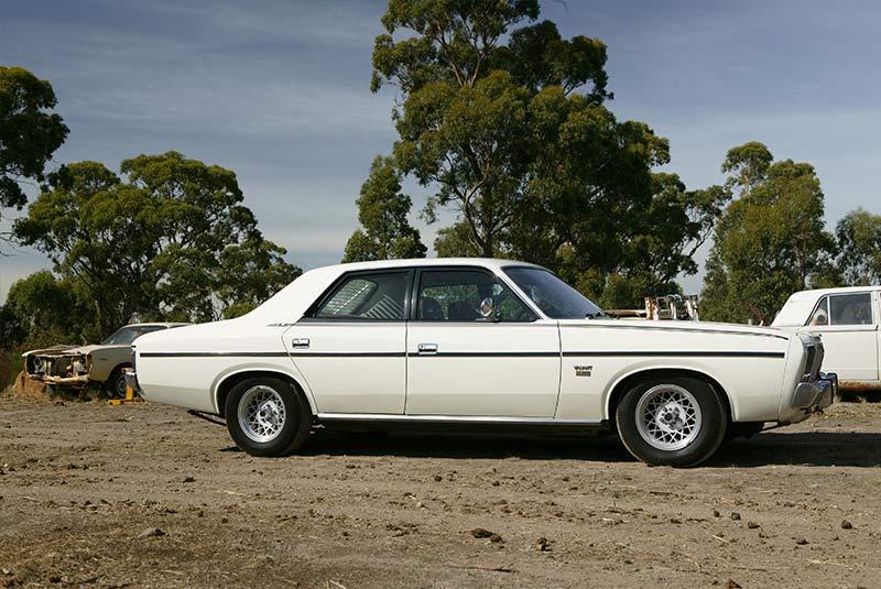 Chrysler -cm -valiant -10