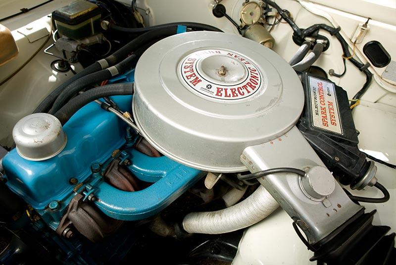 Chrysler -cm -valiant -23jpg