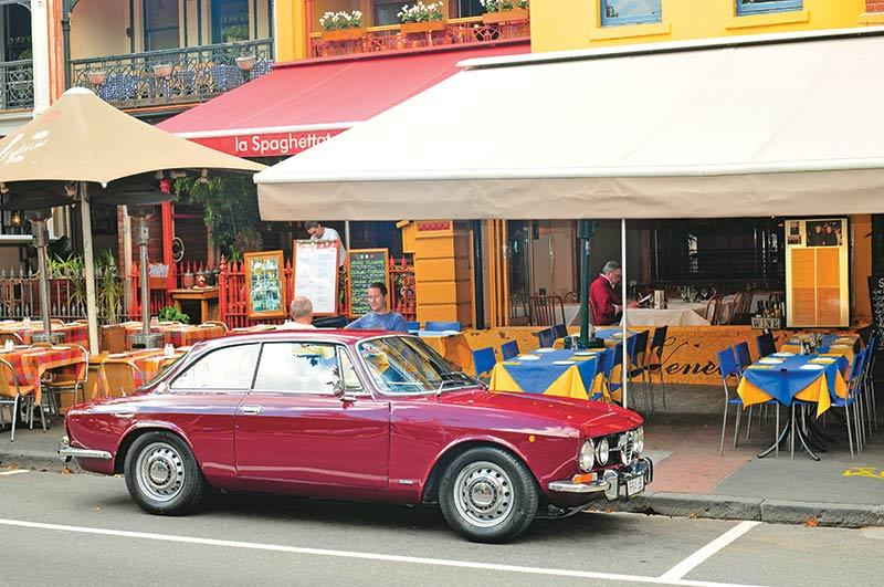 Alfa -Romeo -1750-105-side