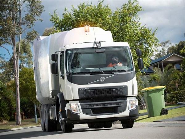 UD,-VGA,-ITTES,-Trade Trucks2