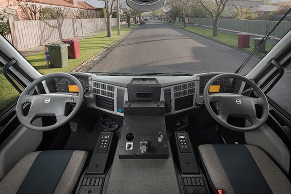 UD,-VGA,-ITTES,-Trade Trucks3