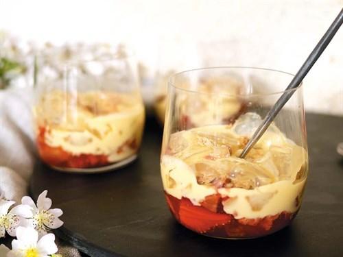 Strawberry -custard
