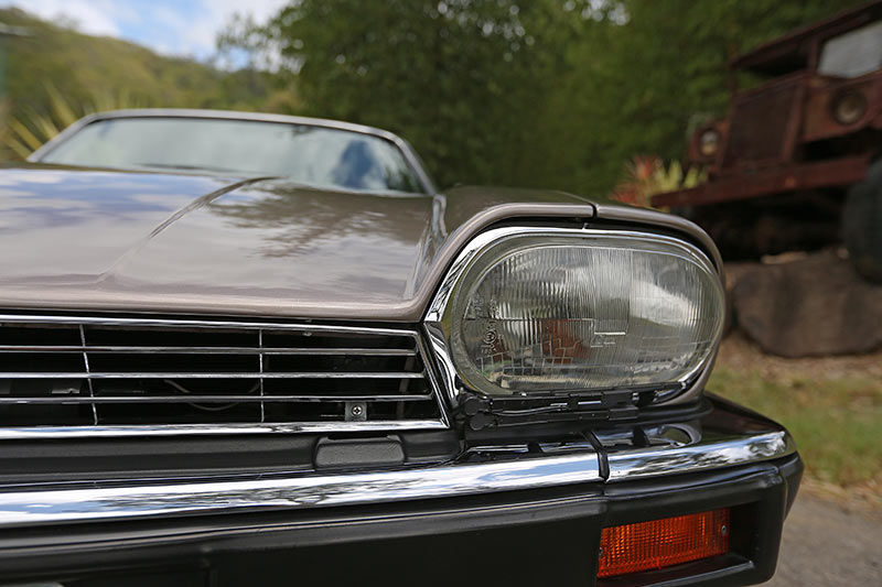 Jaguar -XJS-front -headlight