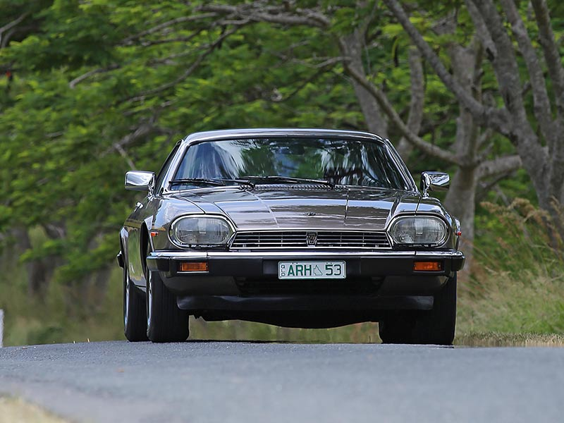 Jaguar -XJS-on -the -road