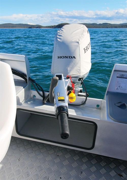 Tiller-steer Honda BF40 outboard motor on McLay Fortress 441