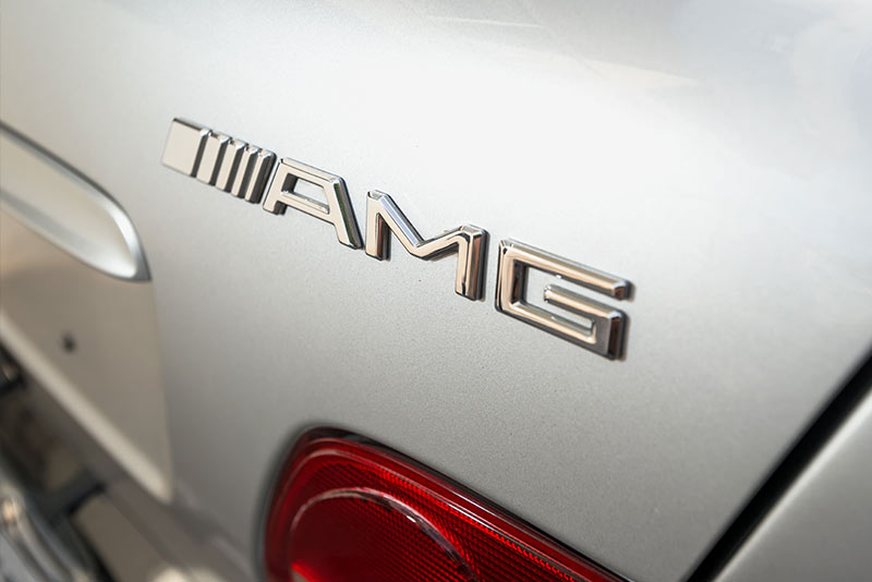 Mercedes -Benz -E36-AMG-badge