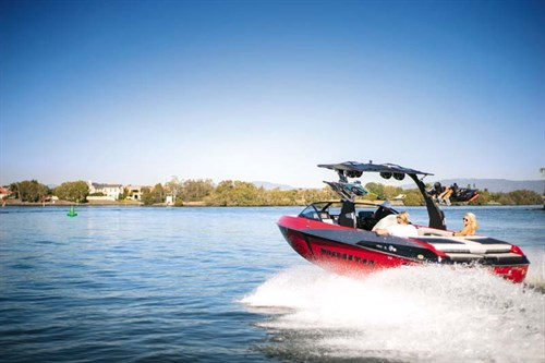 Malibu Wakesetter 25 LSV wakeboat