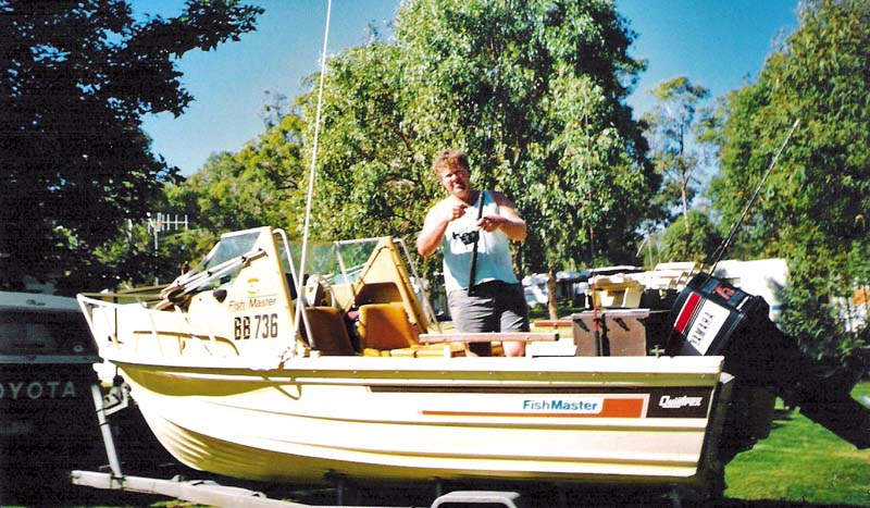 1983 Quintrex Fishmaster cuddy