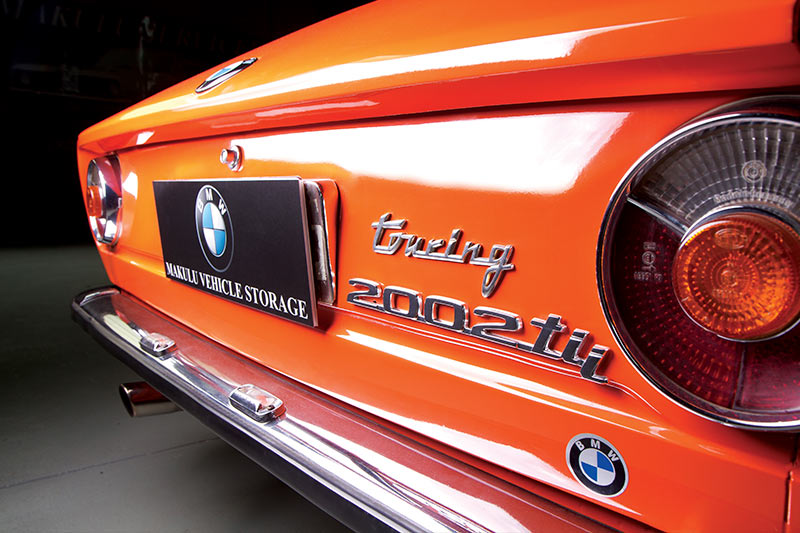 BMW-2002-rear -badges