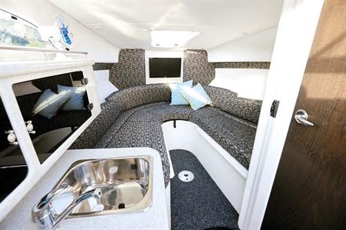 Cabin in Whittley CR 2600