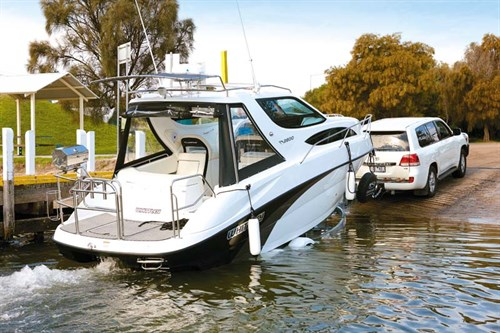 Whittley Cruiser 2600 on boat ramp
