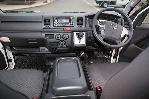 Toyota -Hi Ace -TD-Auto ,-Review ,-Van -Comparison2
