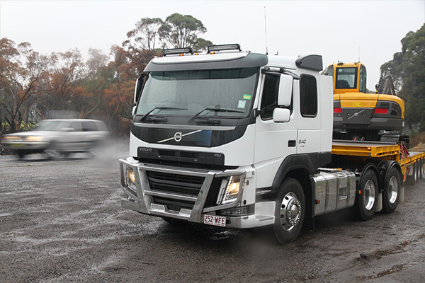 Volvo ,-Review ,-FM,-Trade Trucks2