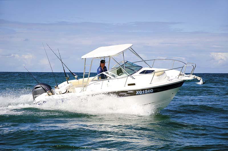Karnic Bluewater 2250 hardtop
