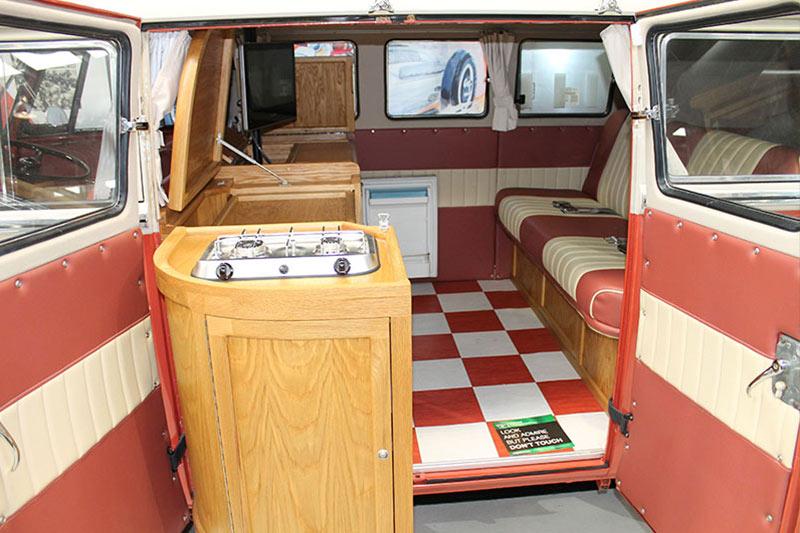 Volkswagen -kombi -interior -shannons