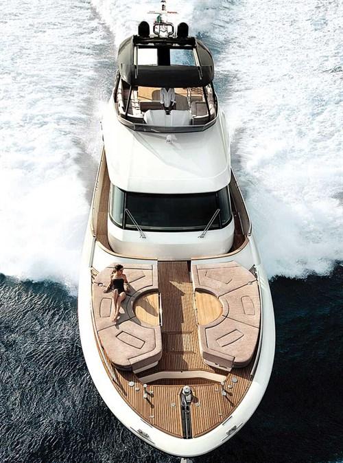 Monte Carlo 70 luxury yacht
