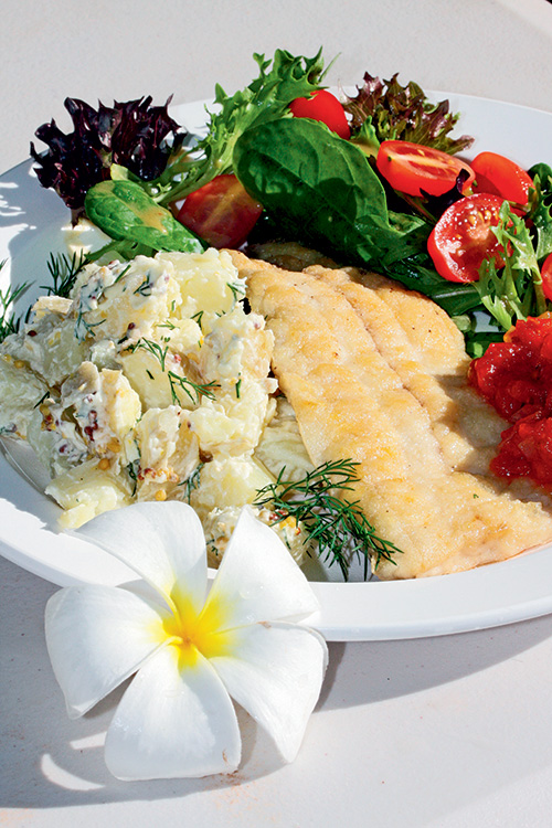 Fish -fillet -with -potato -and -dill -salad