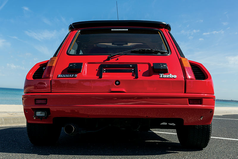 Renault -5-Turbo -2-Data -rear -view