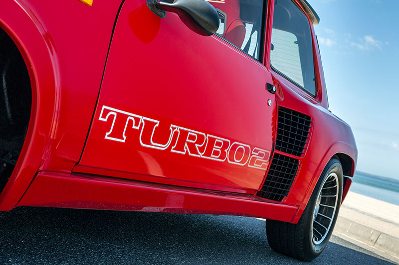 Renault -5-Turbo -2-Data -side -2