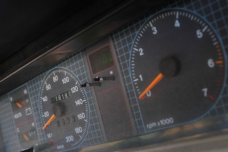 Holden -Commodore -VL-Turbo -gauges