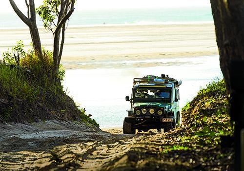 Qld _Fraser Island _2 140828Low Range Qld _Driving -297
