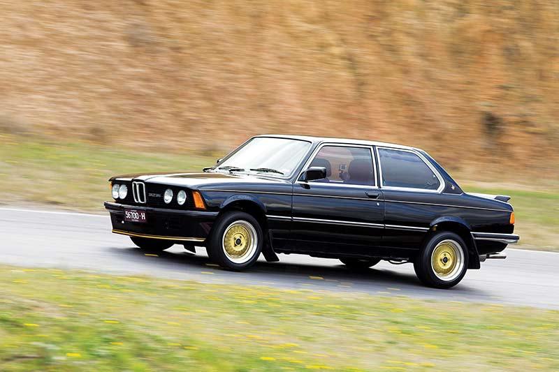 BMW-323i -side -view