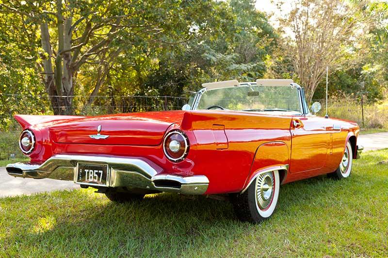 Ford -thunderbird -rear
