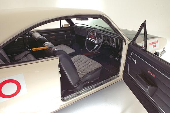 Holden -ht -monaro -350-interior