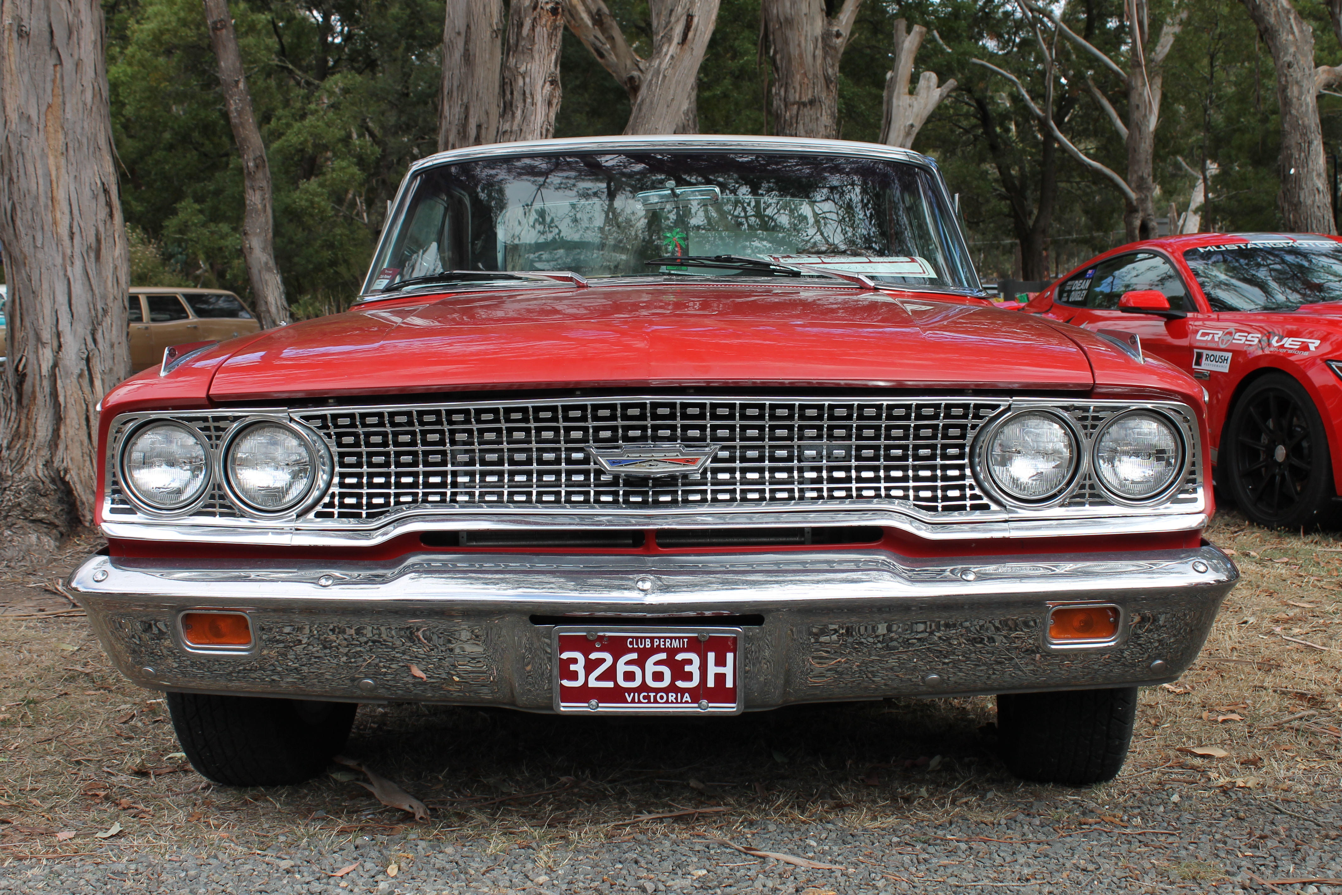 Ford -Galaxie -front