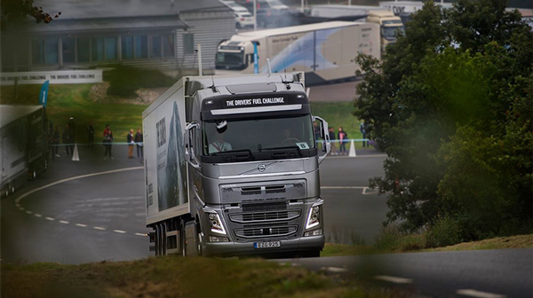 Volvo -Trucks -Drivers -Fuel -Challenge -2016,-Trade Trucks2