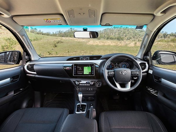 Head -to -head ,-Holden -Colorado -Z71-vs -Toyota -Hilux -SR5,-Review ,-Matt -Wood ,-ATN8
