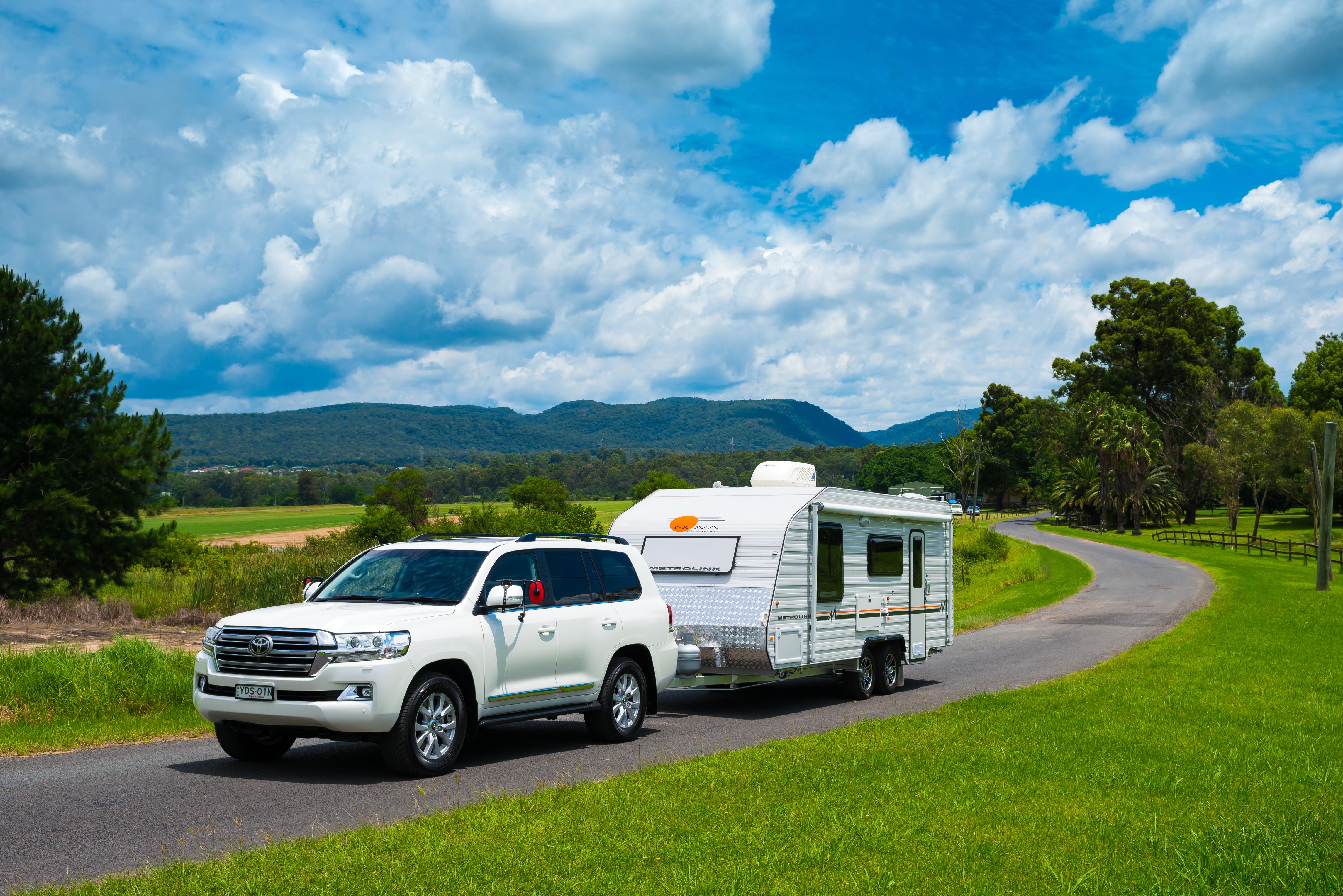Top 10 Tow Vehicles Of 2016 Toyota Land Cruiser 200 Lift Kit Landcruiser Series