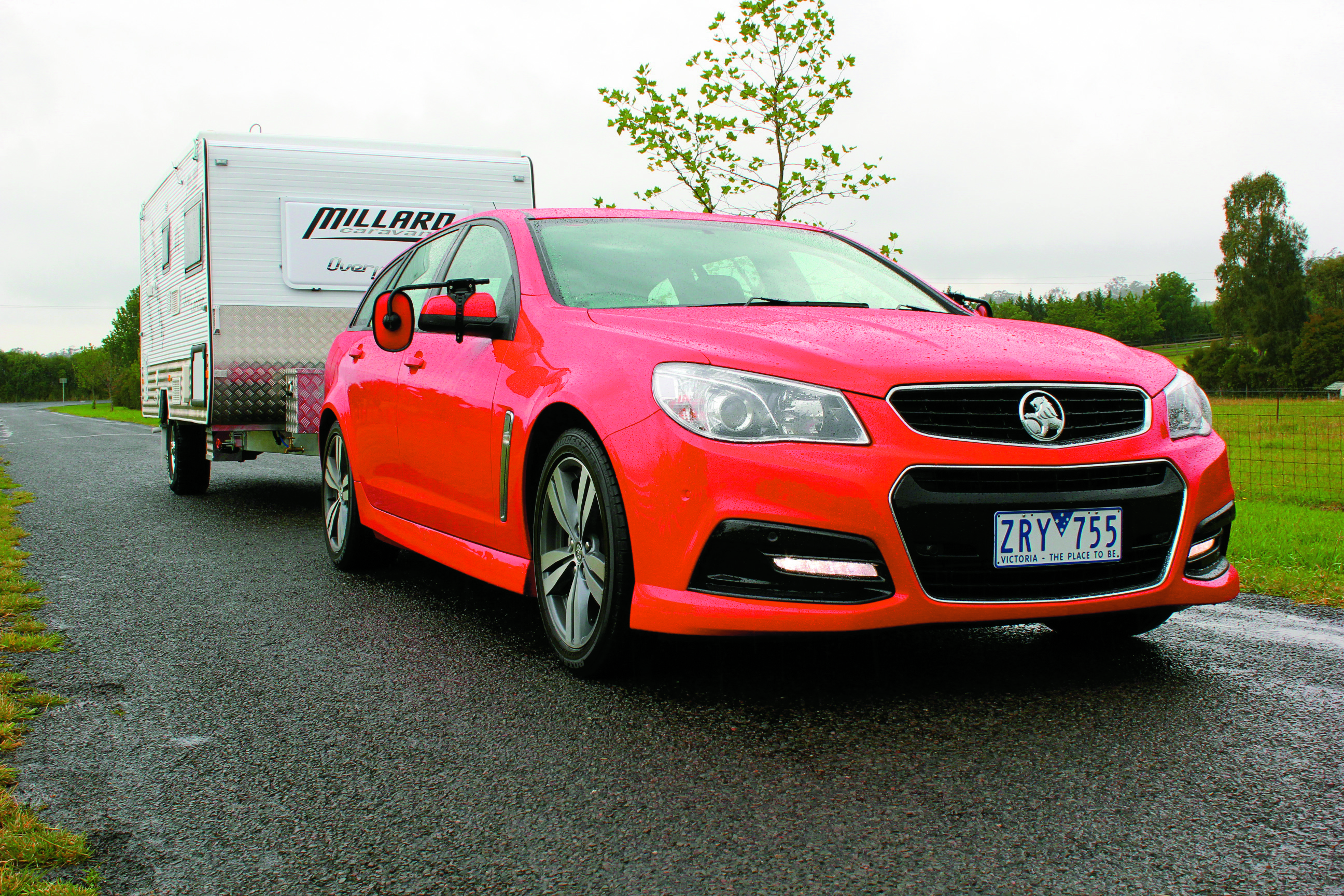 VF Commodore SV6 Sptwgn Tow Test 153