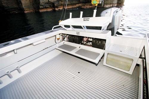 Deck layout on Surtees 700