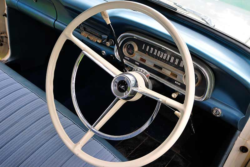 Ford -falcon -steering -wheel