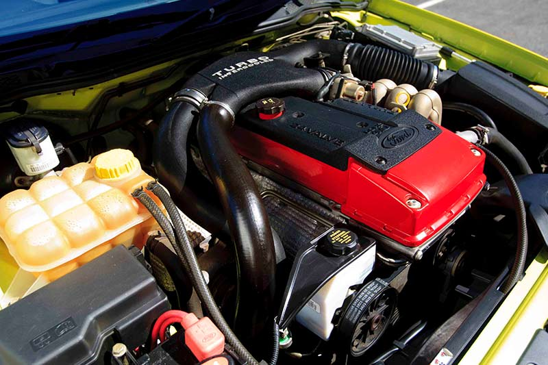 Ford -falcon -engine