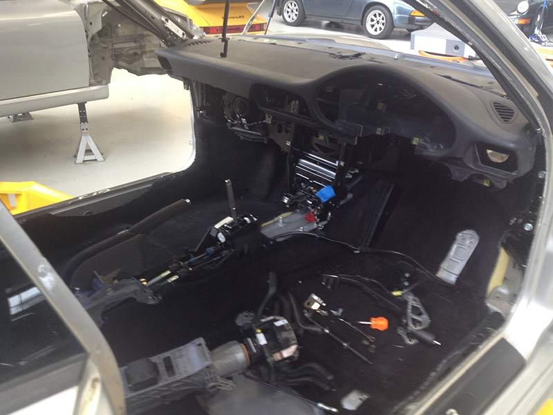Porsche -911-shell -4